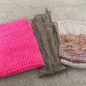 3 infinitely scarfs